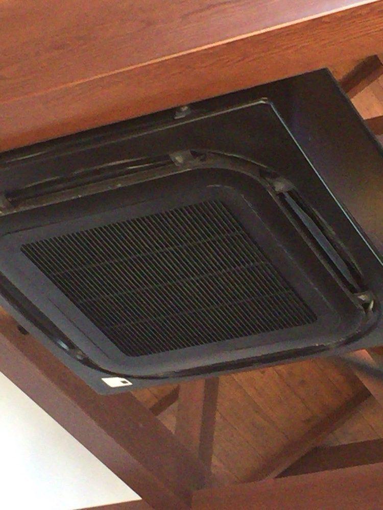 飲食店 室内機 エアコンのクリーニング